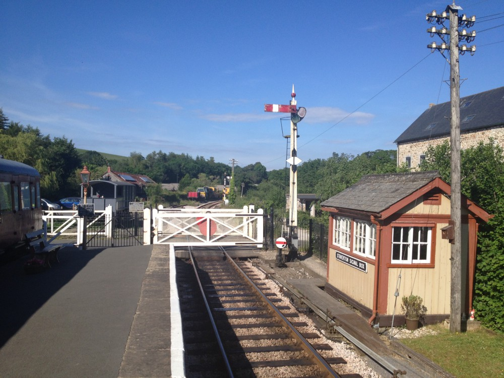 Staverton Crossing Box